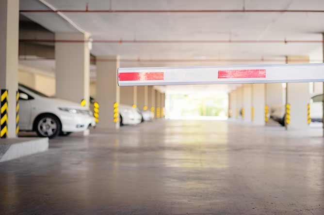 Parking Privé Allione | service d'entretien de véhicule, Les Arcs (83)